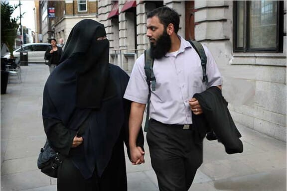 The muslim woman and her husband 7