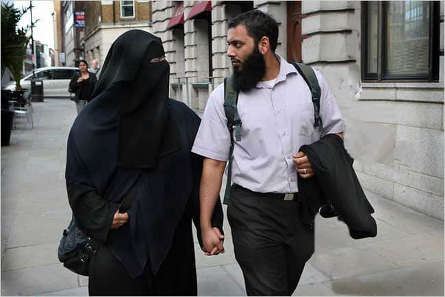 The muslim woman and her husband 1